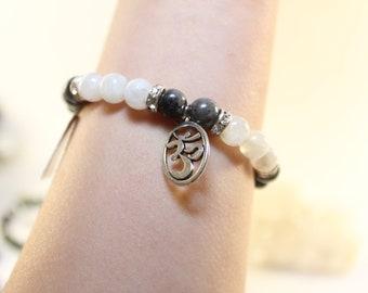 Elastic Cord Bracelet Black Labradorite & Rainbow Moonstone 8mm Beads/Stones Silver Plated Charm-FREE SHIPPING