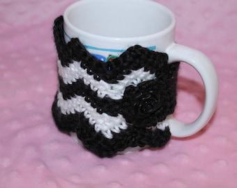 Chevron Coffee Mug Cozy with rose button