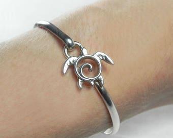 Turtle Bracelet - Silver Sea Turtle Hook Bracelet - Silver Bangle Bracelet - Sea Turtle Bangle Bracelet - Honu Jewelry - Honu Petroglyph