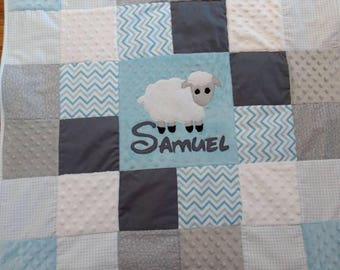 Baby lamb quilt