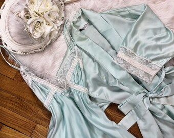 XS/S Vtg Christian Dior 80s Minty Silk Peignoir Sleep Set