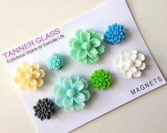 Resin Flower Magnets - Seaside colors - Rare Earth Magnets- Set of 8