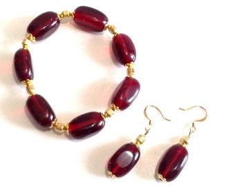 Dark Black Cherry Red Bracelet and Earrings Set, Chunky Bead Bracelet, Dangle Earrings, Bold Glass Bead Jewelry, Statement Beaded Jewelry