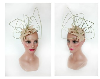 fascinator ascot hat, fascinator futuristic pillbox ceremony, woman wedding, hatinator, Kentucky derby Hat