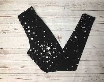 Black Leggings, Print leggings, Star Leggings, Plus Size leggings, Black Stars, Black pants, Teen leggings, Mommy and Me, black yoga pants