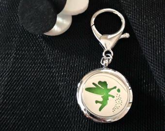 Keychain / purse charm diffuser for essential oils