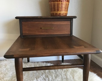 Mid Century Modern Retro End Table / Side Table / Two Tier with Drawer / Vintage Nightstand