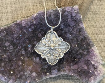 Hawaiian Quilt Design Fine Silver Pendant/Fern