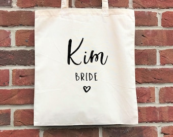 Personalised wedding party tote. Bridesmaid/Bride tote bags with names. Perfect bridal party gift for a bachelorette/hen party/bridal shower