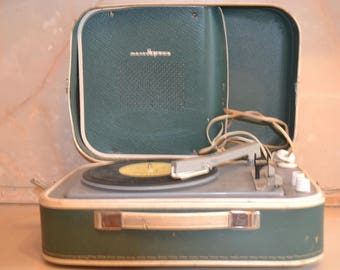 "gramophone ""molodegniy"""