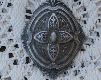 Ornate Vintage Art Nouveau Eastlake Pattern Mandorla Shape Craft Piece Small Silver Color Metal Decorative for Crafting decorating jewelry