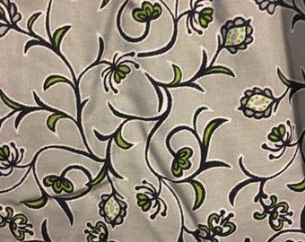 Grey floral springtime skirt