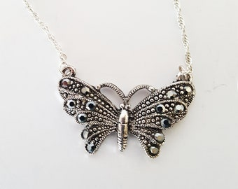 Dainty Vintage Butterfly Necklace Marcasite Style Silver Tone Twisted Rope Chain