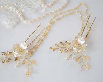 Bridal Hair Chain, Wedding Pearl Hair Piece, Rhinestone Hair Pins, Bridal Hair Jewelry, Crystal Hair Swag, Gold Headpiece, Bridal Hair Comb