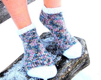 Hand Knit Slippers Socks, Christmas Socks, Wool Slipper Boots, Bed Socks, Knit Indoor Clogs Socks for Home, Indoor clogs, Multicolor Socks