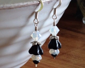 Black and White Glass Flower  Earrings