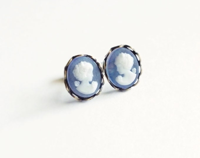 Purple Cameo Post Earrings Small Vintage Matte Frosted Cameo Studs Hypoallergenic Victorian Jewelry Gift For Her