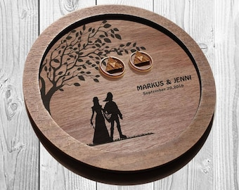 LINK and ZELDA wedding ring dish, wedding ring plate, Zelda ring plates,  ring bearer pillow, ring holder Zelda, Personalized ring holder