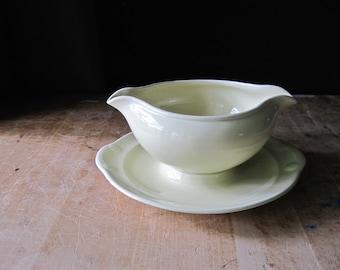 Lu-Ray Pastels Gravy Boat, Yellow China, Persian Cream, LuRay Pastels, Vintage LuRay, LuRay Dishes, TS&T, LuRay Dinnerware, Gravy Bowl