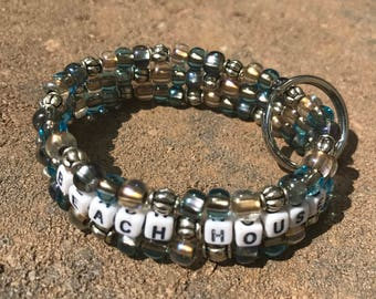 personalized stretch beaded keychain bracelet