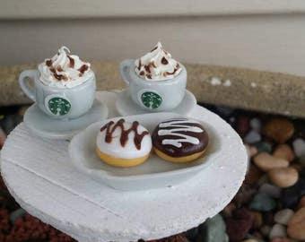 Fairy garden Starbucks, miniature Starbuck Frappuccino, miniature Starbucks cups, fairy garden Donuts, Barbie Starbucks, Barbie coffee