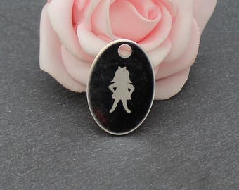 An Oval Pendant with engraving stainless steel silhouette girl