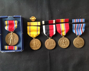 WW ll US Medals and Ribbons from the US Army