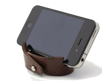 Leather Smartphone Stand + Bracelet in Dark Brown Leather