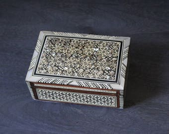 Egyptian Jewelry Box (Small) Hand-laid Mother of Pearl