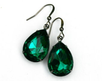 Emerald Earrings - Crystal Teardrops