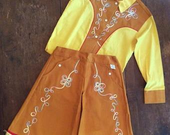 Vintage 1950's Cowgirl Cutie Western Outfit yee hah!