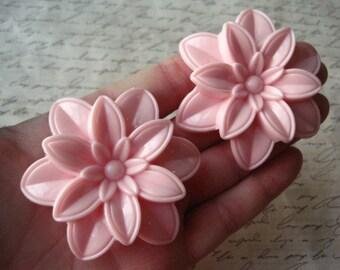 Pink Focal Beads, 2 pcs, 59mm Pink Flower Bead, Large Focal Bead, Chunky Beads, Necklace Focal Beads, Acrylic Beads
