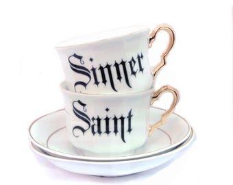 Heilige und Sünder Set von Teetassen
