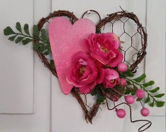 Chicken Wire Heart With Flowers