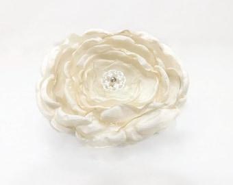 Victorian Bridal Hair Clip Ivory Cream Alencon Lace Silver Button Shabby Chic