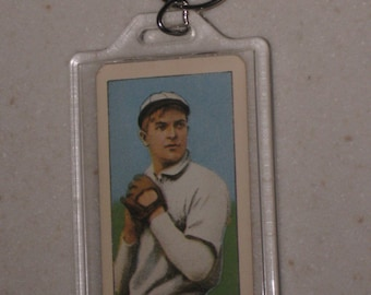1909/11 t206 tobacco christy mathewson sweet caporal back vg condition in a keychain