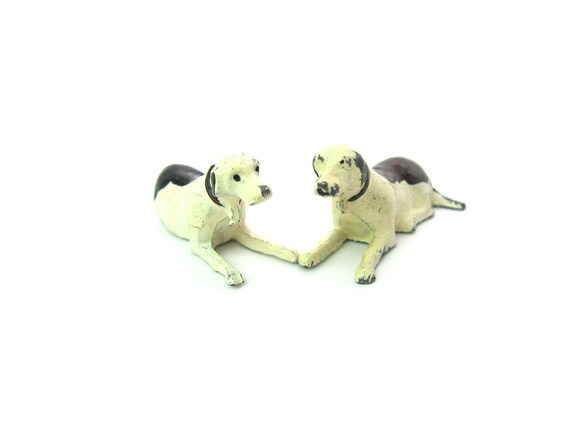 Vintage Mini Foxhound Dog Figures Britains Made in England