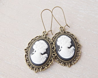 Black cameo earrings Vintage earrings Victorian earrings Mothers day gift for mom Woman cameo jewelry Bronze earrings Bridesmaid Gift sister