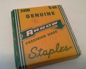 Vinrage box of staples, never openef