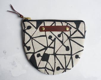 purse, zipped pouch, zippered purse, cosmetic pouch, cosmetic bag, screen printed purse, screen printed pouch