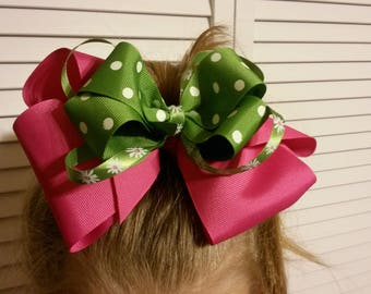 Daisies and Dots Bow in Green and Pink