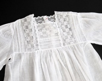 "Antique ""Art deco' French Christening Dress Pretty and refined"