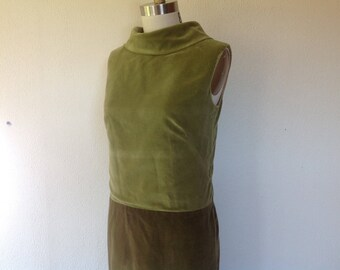 1960s Green velveteen shift dress