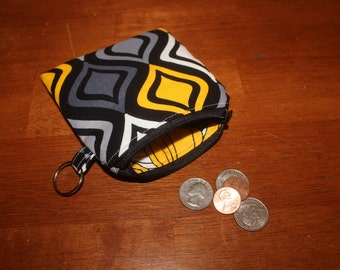 Black and yellow diamond print zippered coin pouch/change purse
