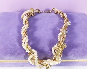 Classic white pearl chunky chain twist gold statement necklace, Pearl chain twist gold necklace, chunky chain gold necklace, pearl necklace,