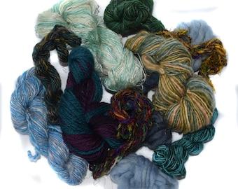 Mixed spun fibre - weaving - knitting - scrap - 100g / 3.5oz - TWIDDLY BITS