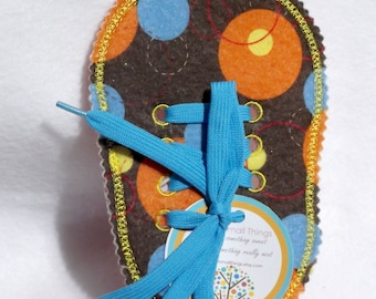 Felt Boys large circle Learn to Tie Your Shoe Great Educational learning toy #3811