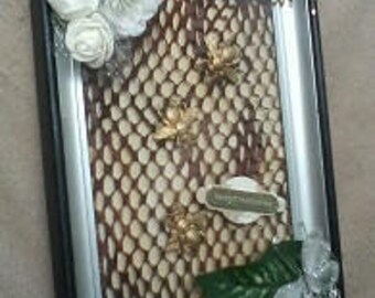 Altered Picture Frame - Bee Design - Sweet Memories