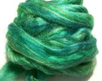 Firestar, Firestar Green, Trilobal Nylon, sparkling, spinning fiber, Green Glitz, Green Sparkle, Green Spinning Fiber