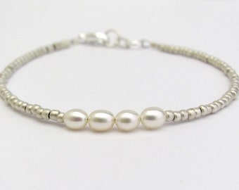 Pearl Bracelet, Seed Bead Bracelet, Silver Bracelet, Minimal Bracelet, Friendship Bracelet, Bridesmaid Jewelry, Wedding, Hawaii Jewelry